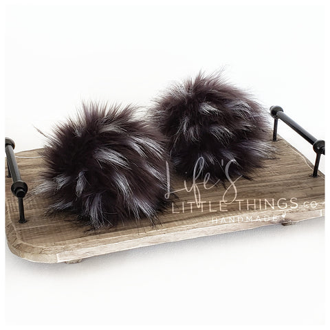 "Emu Pom *Black/Dark grey through with tufts of white *Medium length fur (approximately 1.5-2"") *Full look, fluffy and soft feel"