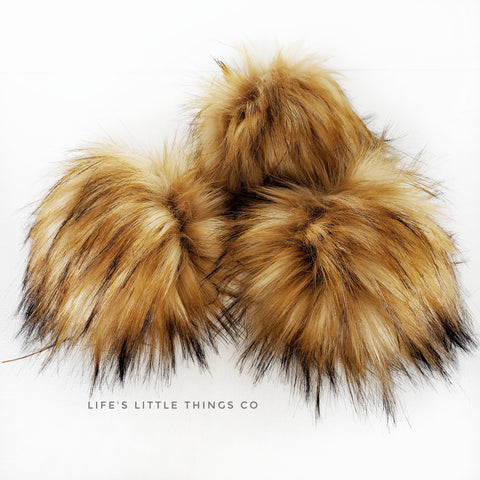 "Caramel Pom *Beige in center to tan with dark brown tips.  *Long length fur (approximately 4"") *Luxurious and amazingly soft feel"