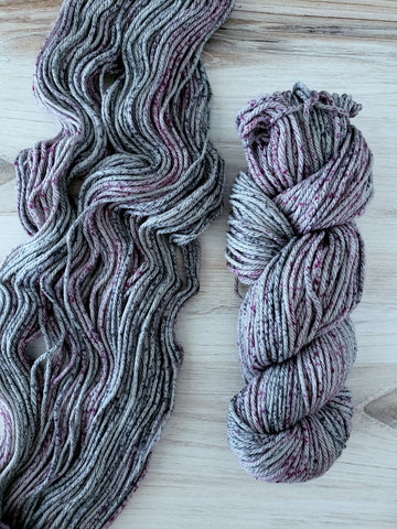 Super-soft merino fiber and a multi-ply construction makes 220 Superwash Aran a cuddly and durable yarn.
