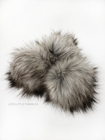 A fun, modern touch to your knitwear.  Make a STATEMENT with a faux fur poof.  Each pom is handmade with high quality faux fur (vegan). Price is for 1 Moonstone Faux Fur Pom Pom