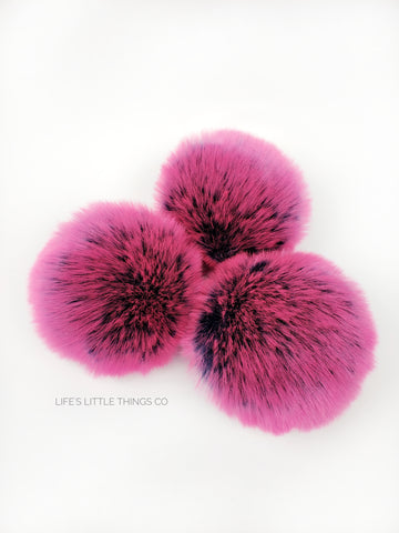 A fun, modern touch to your knitwear.  Make a STATEMENT with a faux fur poof.  Each pom is handmade with high quality faux fur (vegan). Price is for 1 Jawbreaker Faux Fur Pom Pom