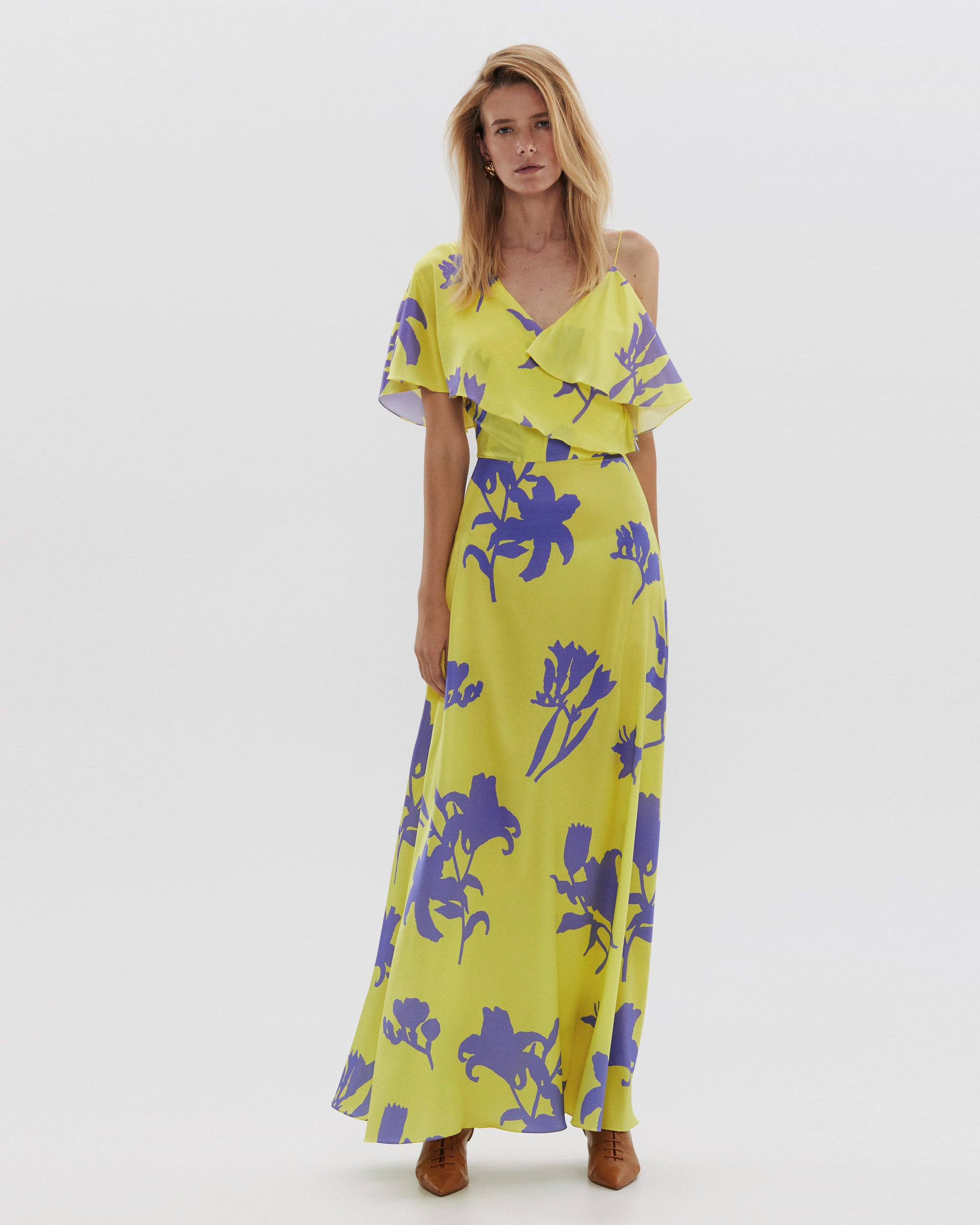 Silk dress with flounce maxi