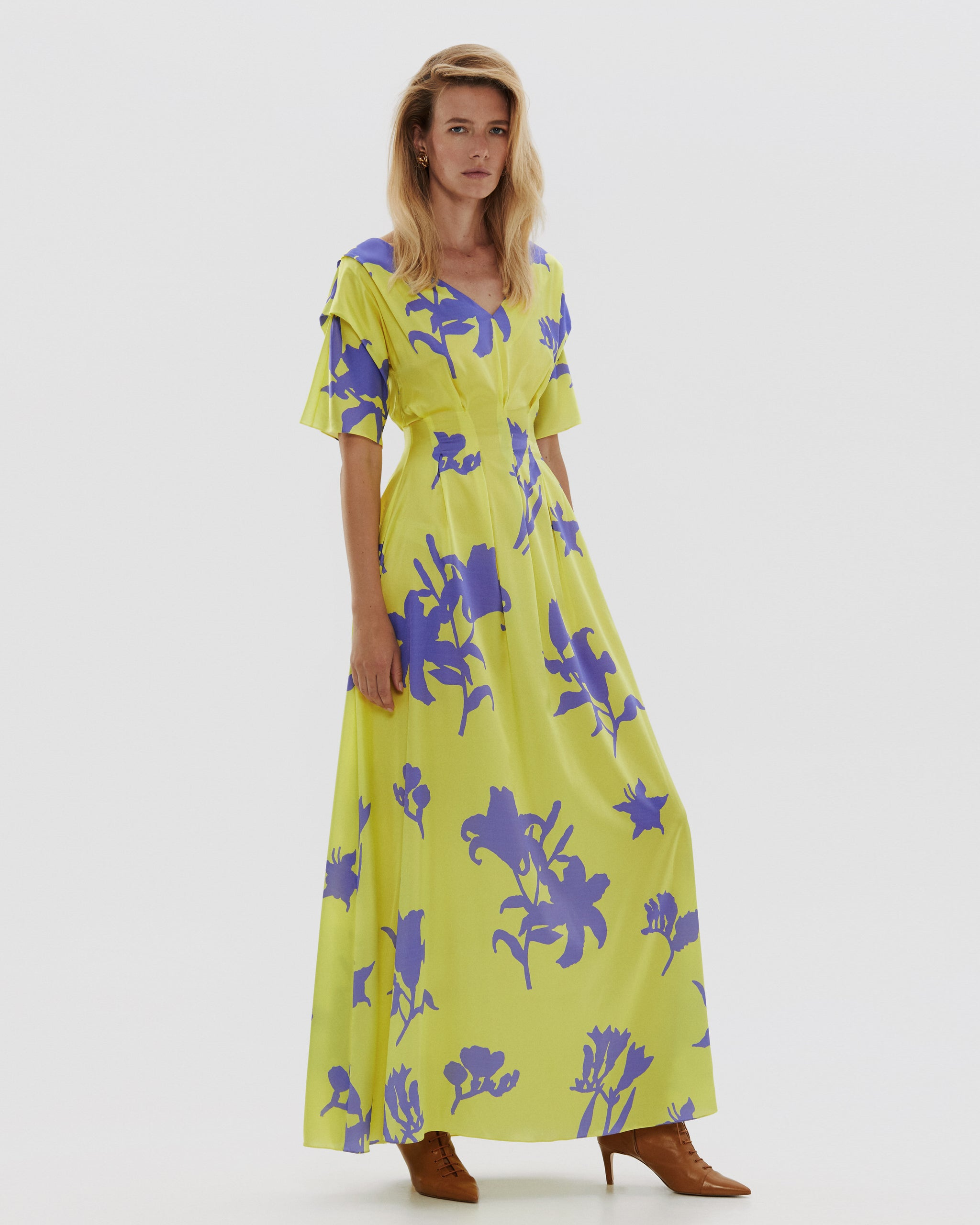 Silk dress with pintucks maxi