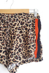 Short animal print con rayas