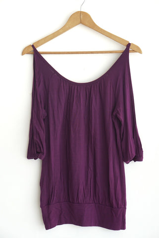 Blusa larga morada off-shoulder