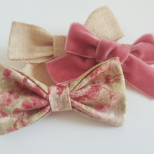 Load image into Gallery viewer, Fleur. A Trio of Beautiful Bows