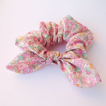 Load image into Gallery viewer, Perdys Knotted Bow Scrunchies