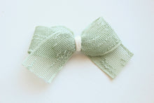 Load image into Gallery viewer, Beautiful Boucle Slub Ribbon Bows