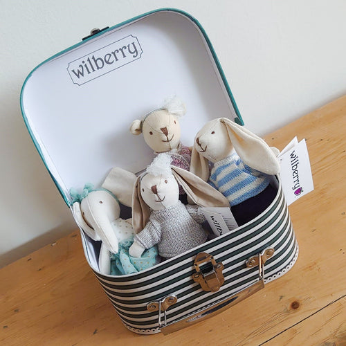 Grande Wilberry Collectable Suitcase Set