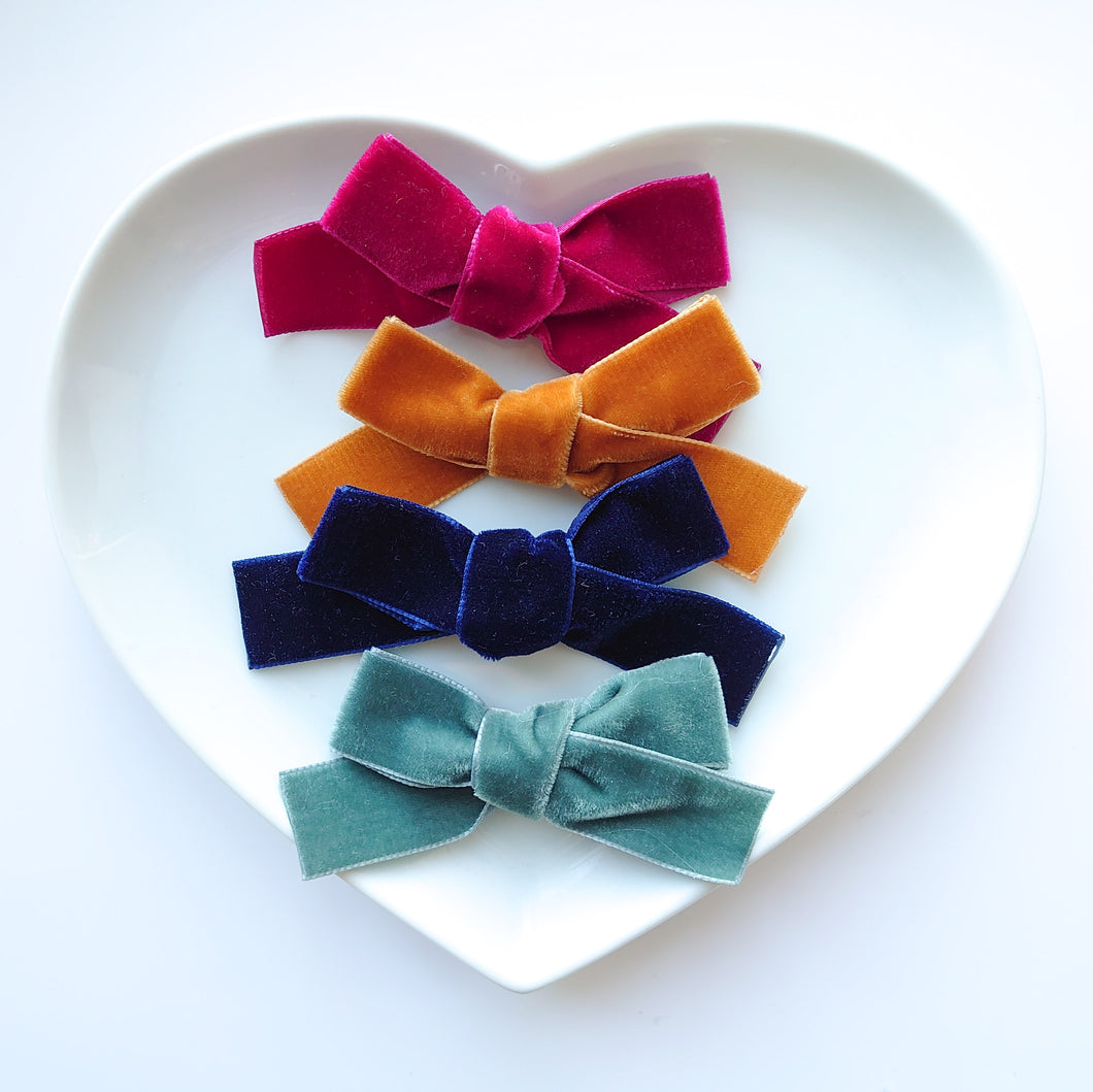 Four Velvet Bow Collection 2