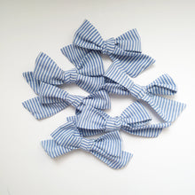 Load image into Gallery viewer, Beautiful blue striped handtied bows