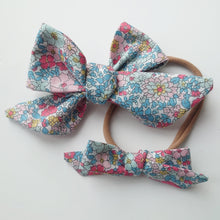 Load image into Gallery viewer, Mini Liberty of London Handtied Bows