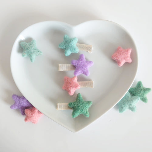 Set of Felt star clips