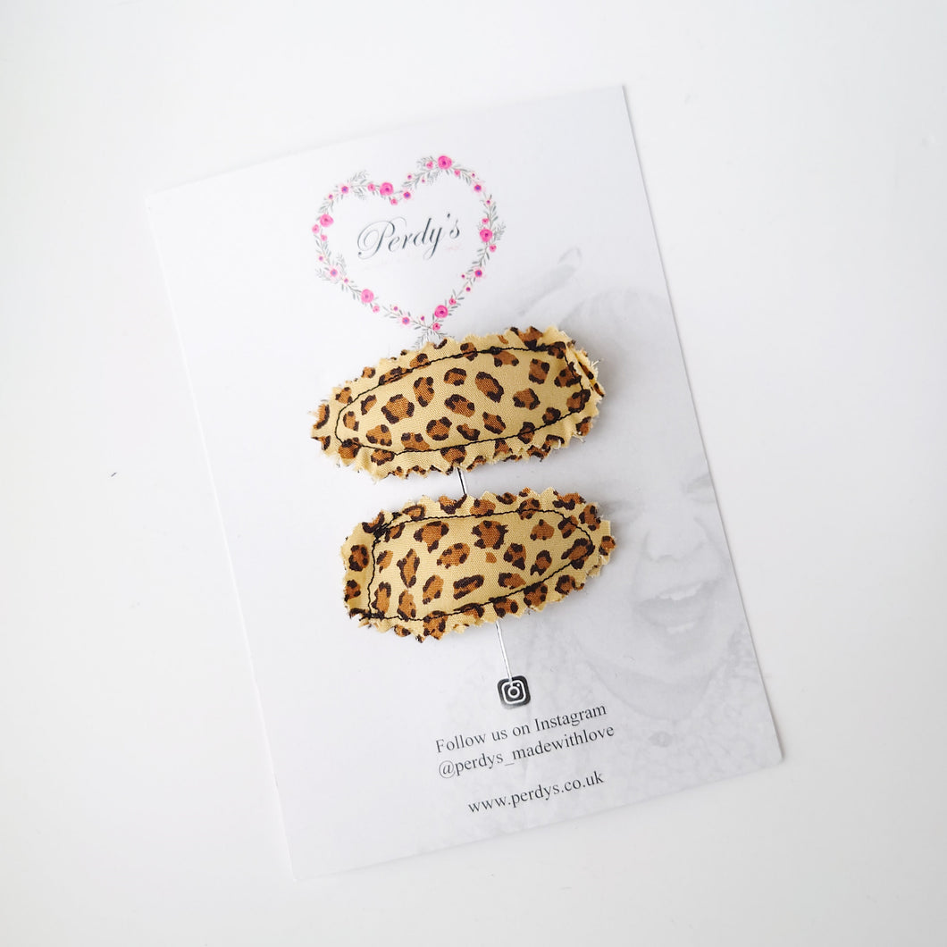 Padded Leopard Snap Clips