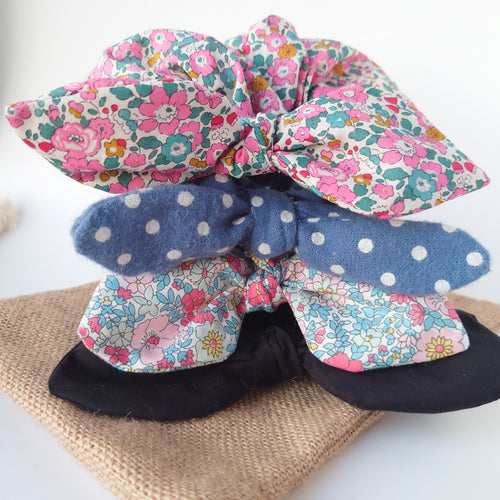 A Set of 4 Scrunchies Gift Bag