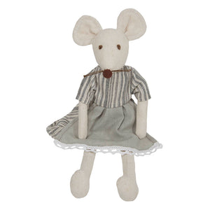 Linen Mouse Girl by Wilberry