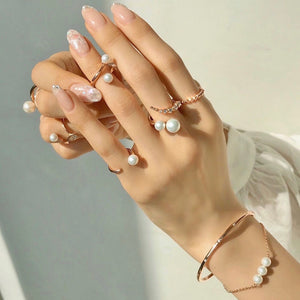 HORN PEARL KNUCKLE RING