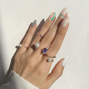 LAUREL WAVE PEARLPAVED RING