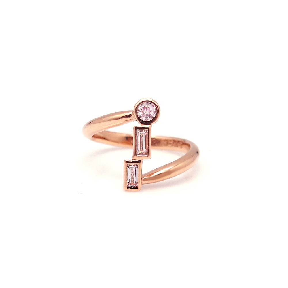 ISA 3 STONE TWIST RING