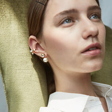 Load image into Gallery viewer, ISA PEARL STONE EAR CUFF