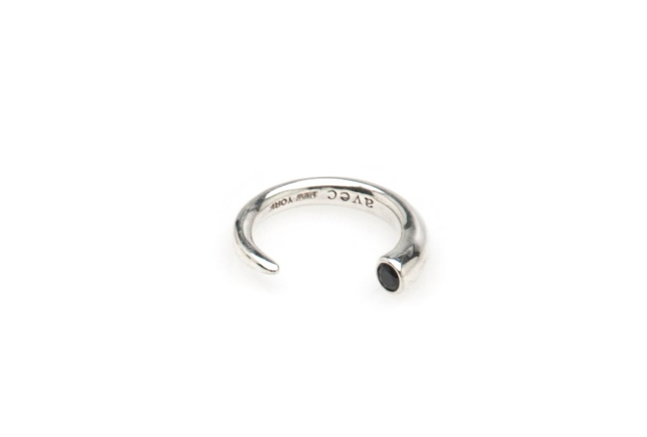 OPEN HORN STONE KNUCKE RING