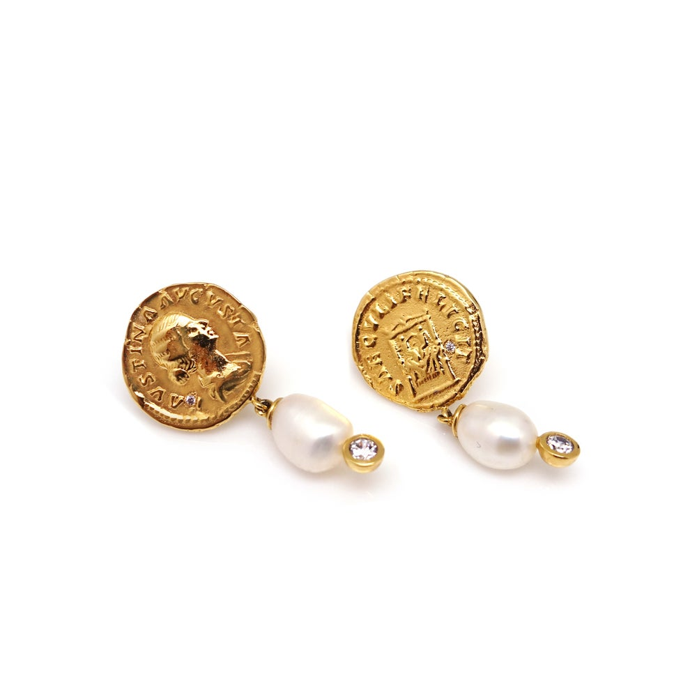 ANCIENT ROMAN COIN PEARL EARRING