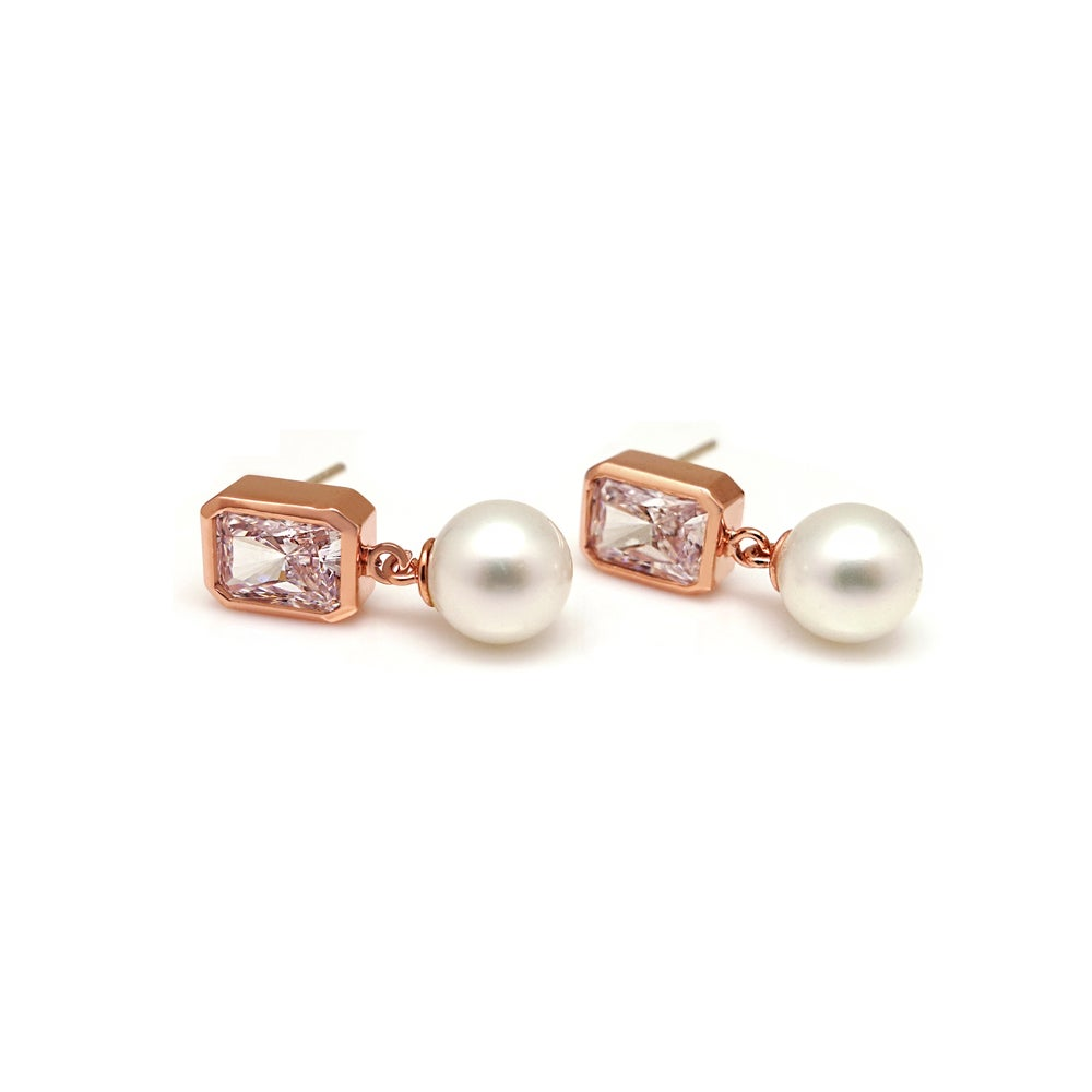 JACQUE SQ STONE PEARL EARRING
