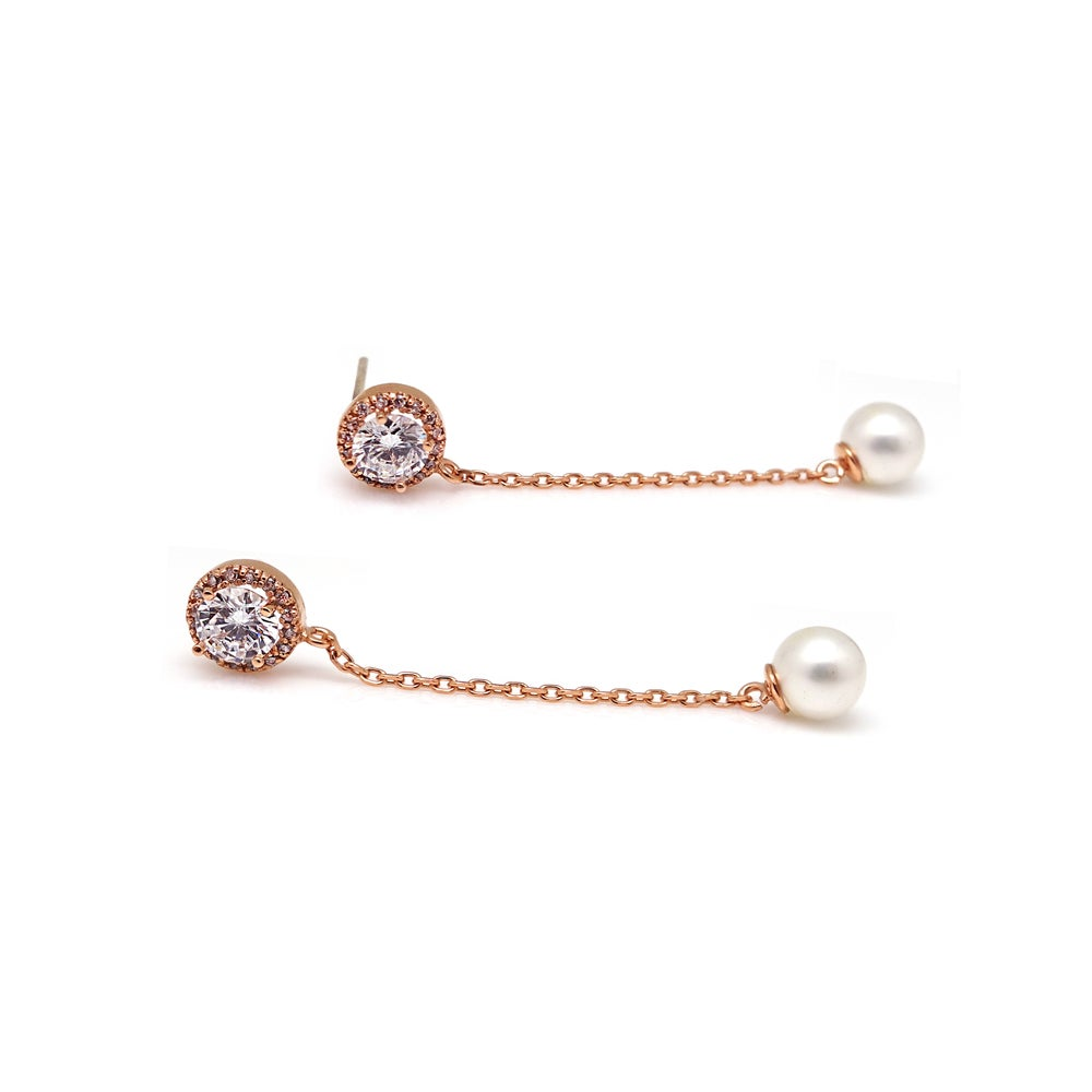 JOSEPHINE PAVED CIRCLE PEARL EARRING
