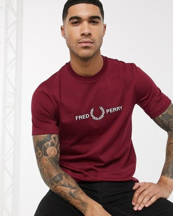 Fred Perry Graphic Embroidered T-Shirt In Red