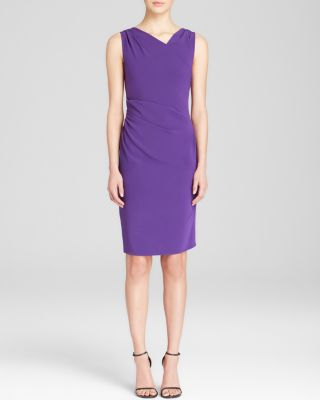 Moschinov-neckline sleeveless dresses. Purple