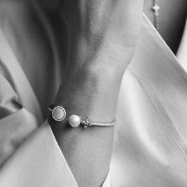 Apm Monaco Open Cuff With Pearl And Mother Of Pearl
