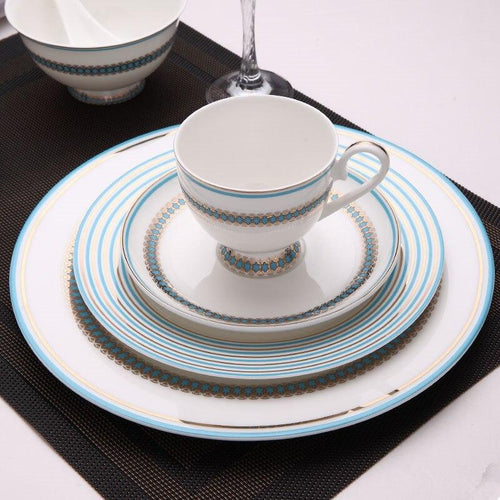 Crown Mercer Dinnerware Place Setting