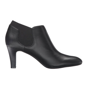Bandolino Wilbur Pointed Toe Leather Bootie