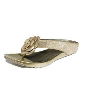 KENNETH COLE-THONG SANDALS-KENNETH COLE-Fashionbarn shop