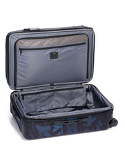 Load image into Gallery viewer, Short Trip Expandable 4 Wheeled Packing Case