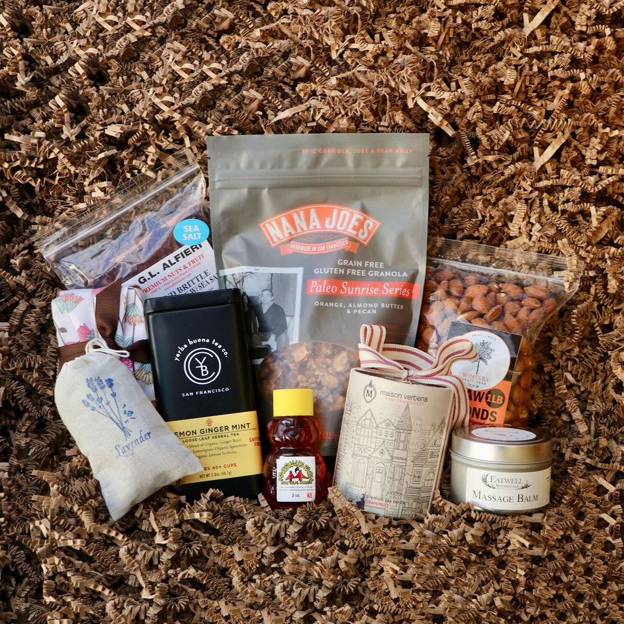 Organic Holiday Gift Box | Medium from Farm Box by 409 + Co - San Francisco Farmers Market Delivery