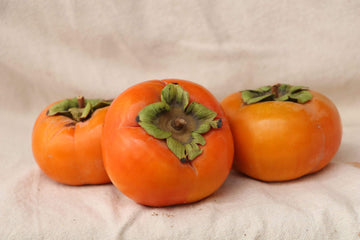 Organic Fuyu Persimmon, 16oz from Kashiwase Farms - San Francisco Farmers Market Delivery