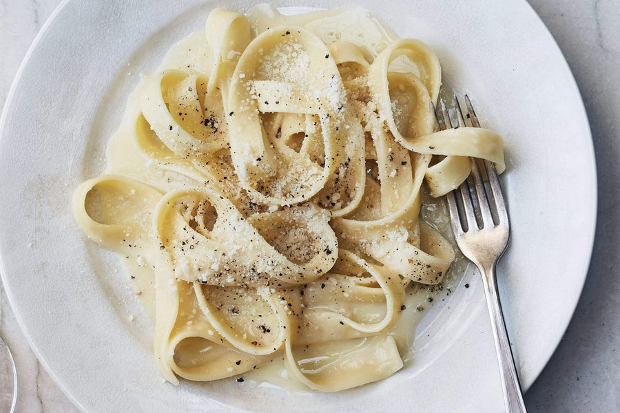 Black Pepper Fettuccine, 16 oz