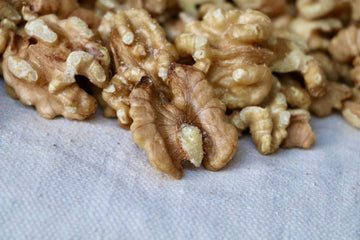 Walnuts, 16 oz