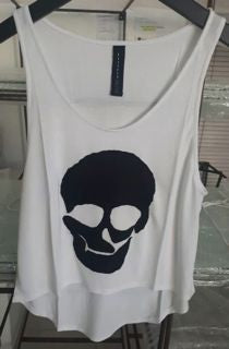 WOMANS - TOP - WHITE - MEDIUM/LARGE - SKULL BRAND