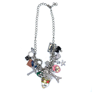 COSTUME JEWELLERY SKULL NECKLACE