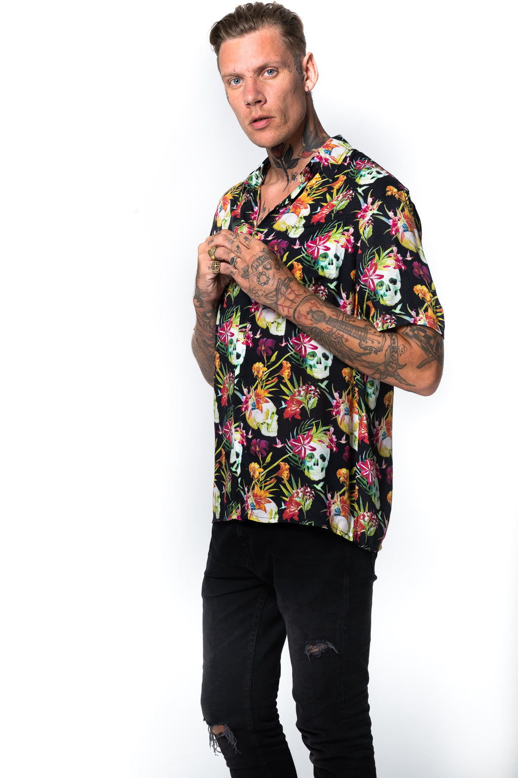 'KAI' HAWAII BLACK SHORT SLEEVES SHIRT
