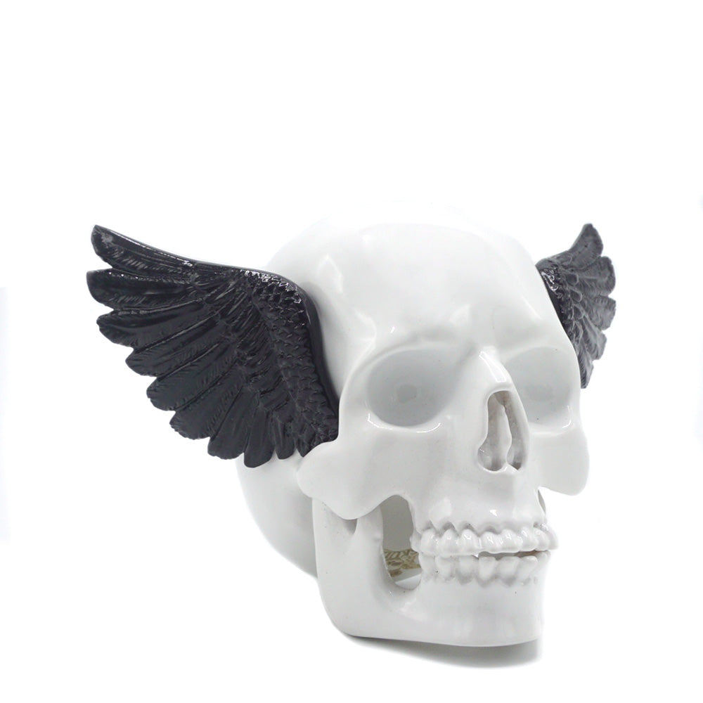 RESIN WINGED SKULL - WHITE