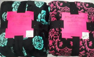 FULL/QUEEN ULTRA SOFT PLUSH BLANKET - BETSEY JOHNSON