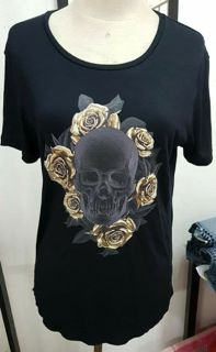WOMANS - TEE - BLACK - ROSES - MEDIUM - SKULL BRAND