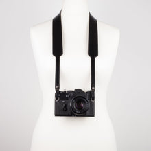 Load image into Gallery viewer, Black leather camera strap