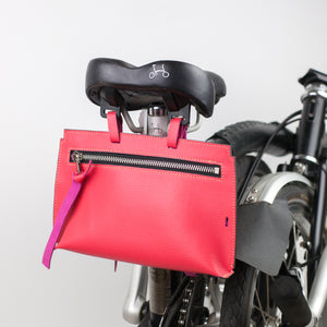 Brompton leather bag in pink color