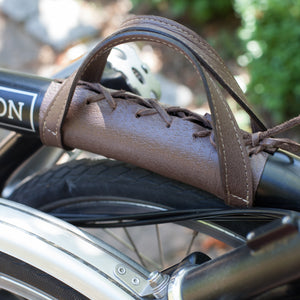 Brompton carry handle in brown textured leather