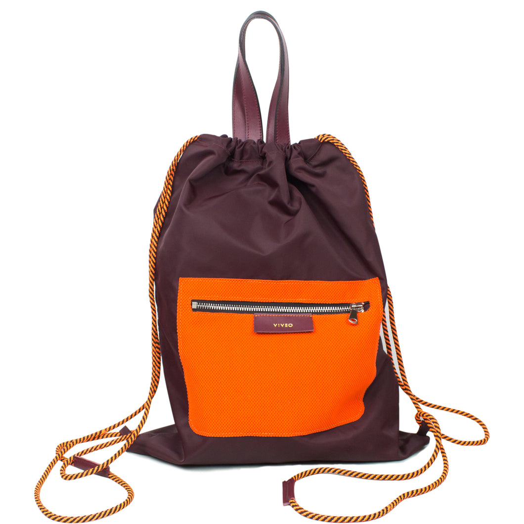 Drawstring backpack in water repellent nylon with orange external pocket Burgundy color