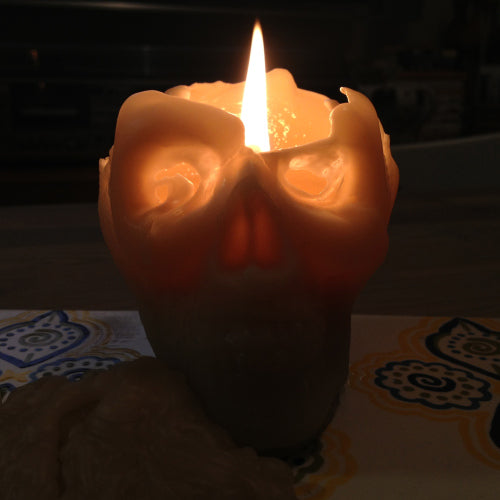 Skull candle by Queen B bee wax candles